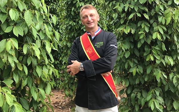 Cambodge visite de ferme - Frederic Jaunault Meilleur Ouvrier France Primeur Fruits Legumes