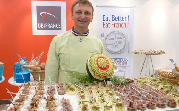 Dubai Démonstration Salon Gulfood - Frederic Jaunault Fruits Legumes