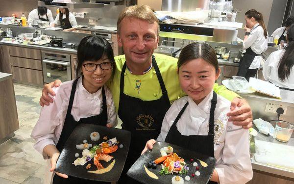 Honk Kong Formation École Culinaire - Frederic Jaunault MOF Primeur Fruits Legumes