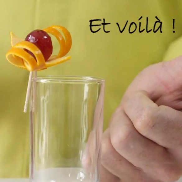 Realisation Décoration Cocktail avec une orange - Frederic Jaunault MOF Primeur Fruits Legumes