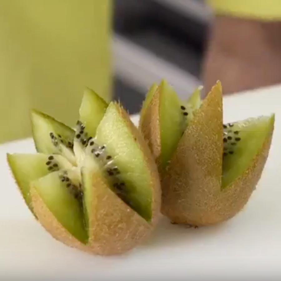 Realisation Technique dent de loup kiwi - Frederic Jaunault MOF Primeur Fruits Legumes